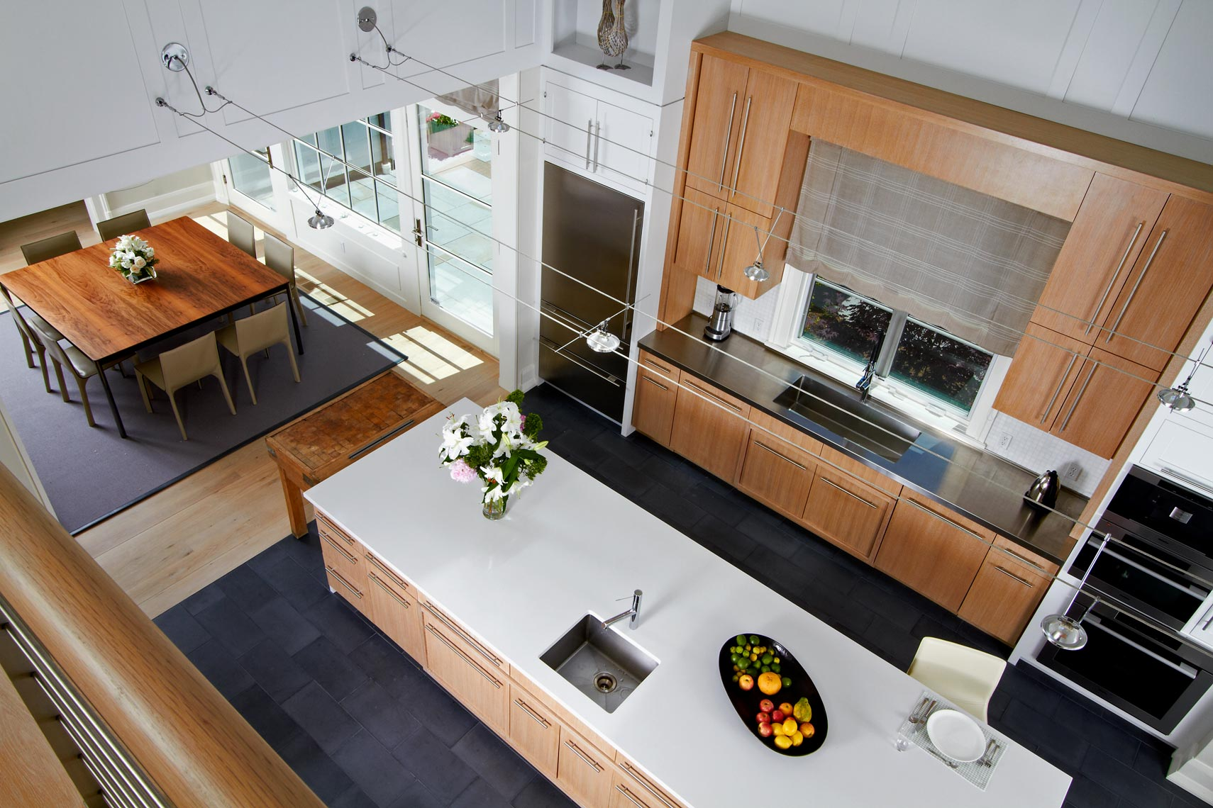 Kitchen-overhead-
